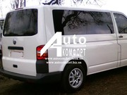 Задний салон,  правое стекло на Volkswagen Transporter Т-5 (короткая ба